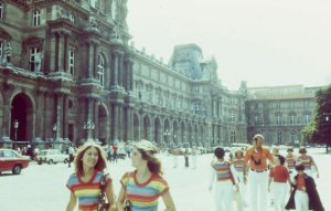 1976 Trip to the Louvrebefore the Pyramids!