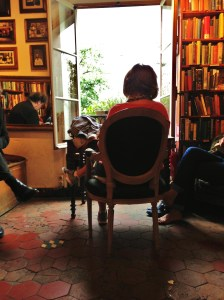 "Reading ""A Moveable Feast"" in Shakespeare and Company (8/2014)"