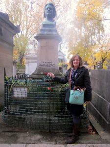 Balzac's tomb  Pere lachaise cemeterie